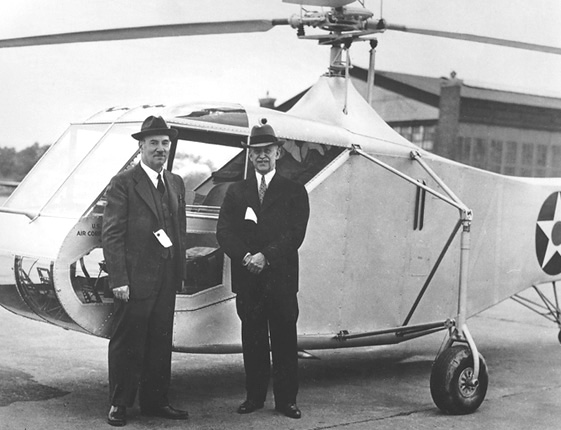 Igor_Sikorsky_and_Orville_Wright_by_Sikorsky_XR-4_1942_USAF